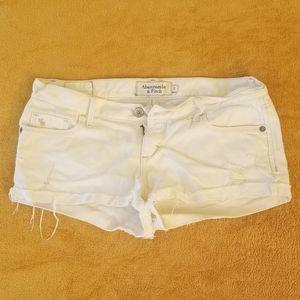 Abercrombie & Fitch white denim shorts size 2